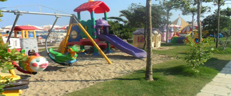 Parco Giochi Bambini Stabilimento Balneare Spiaggia La bussola Circeo